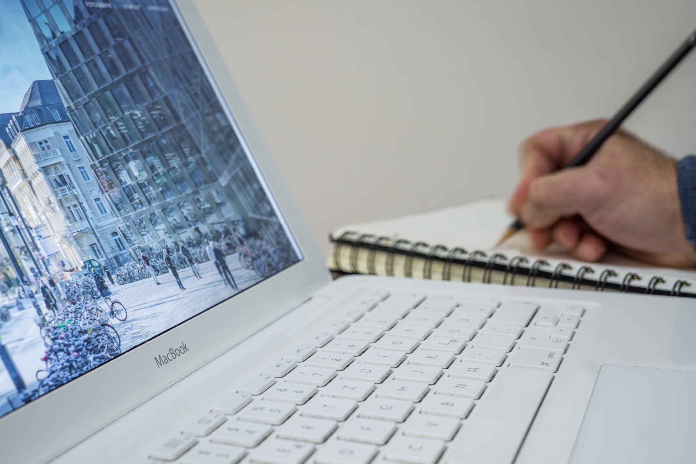 4 วิธีค้นหาผู้รับจดทะเบียนบริษัท